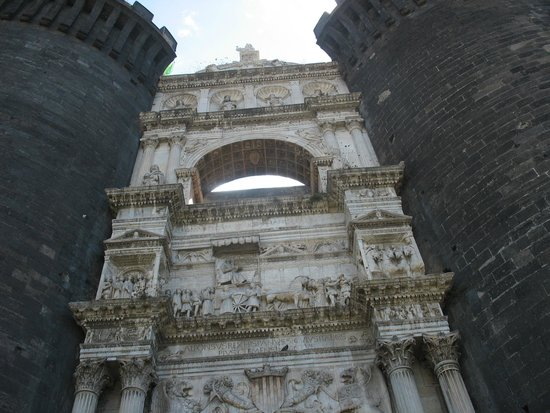 Museo civico di Castel Nuovo (Maschio Angioino)