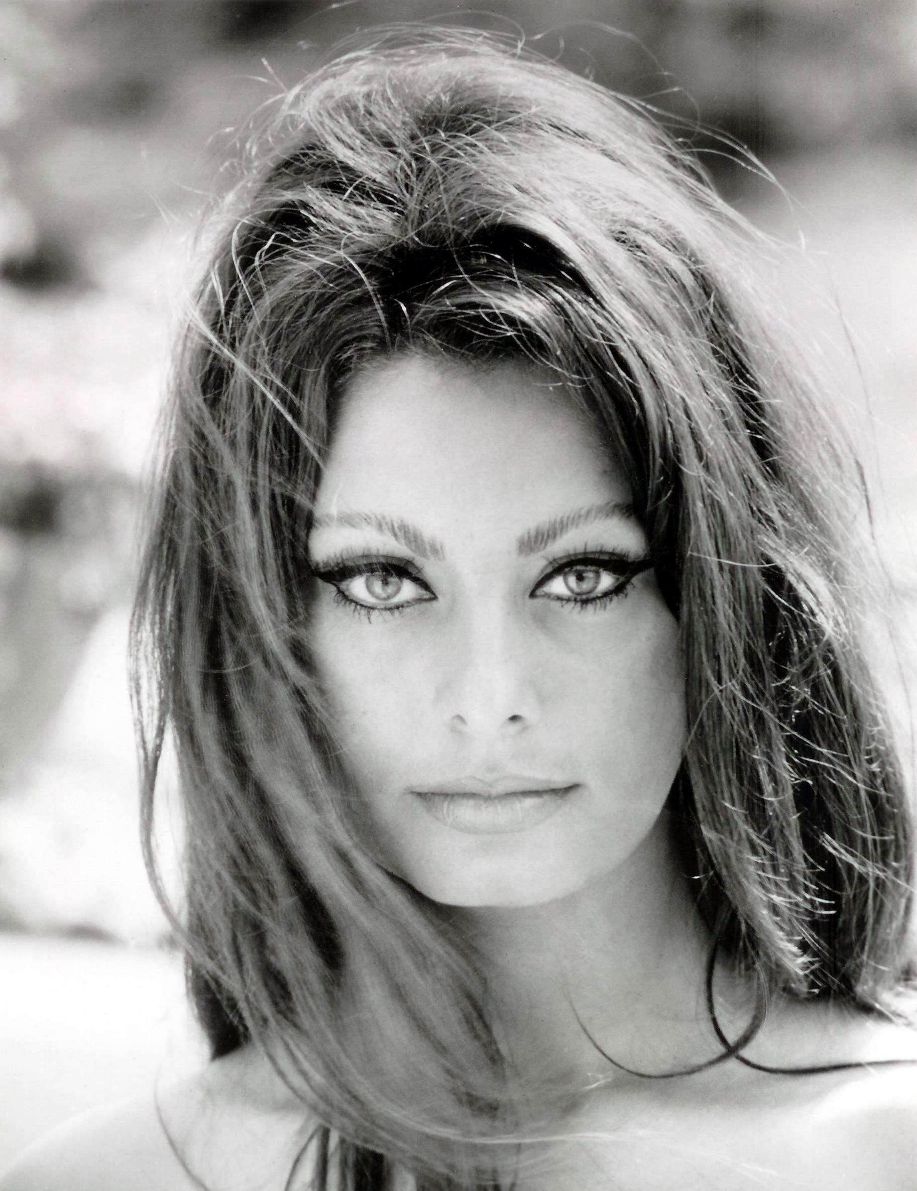 Sophia Loren Info Turismo Napoli