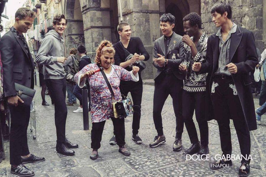 """Dispositivo di traffico temporaneo in alcune strade di Napoli in occasione del festeggiamento dei 30 anni di attività degli stilisti """"Dolce&Gabbana"""""""