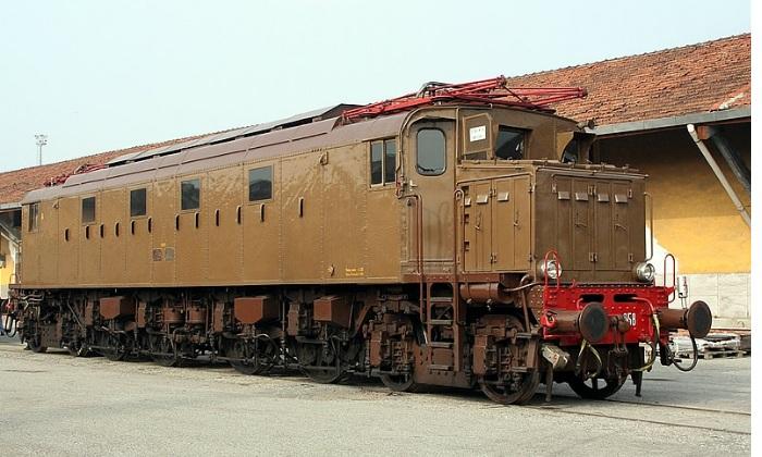 Reggia Express: il treno d'epoca per la Reggia di Caserta