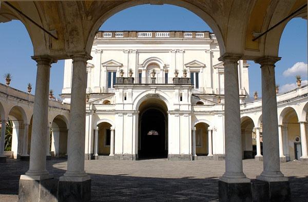 A Corte dei Borbone: visita-spettacolo a Villa Campolieto