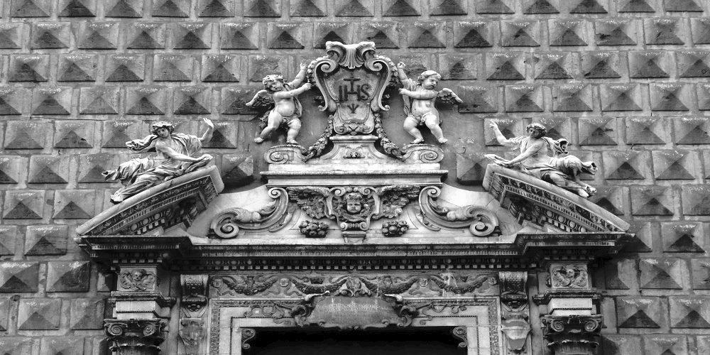 Visita Guidata – Storie di Misteri e Fantasmi nel cuore di Napoli