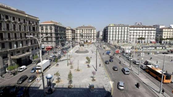 Piazza Garibaldi a Napoli, nuovo dispositivo di traffico da aprile 2017