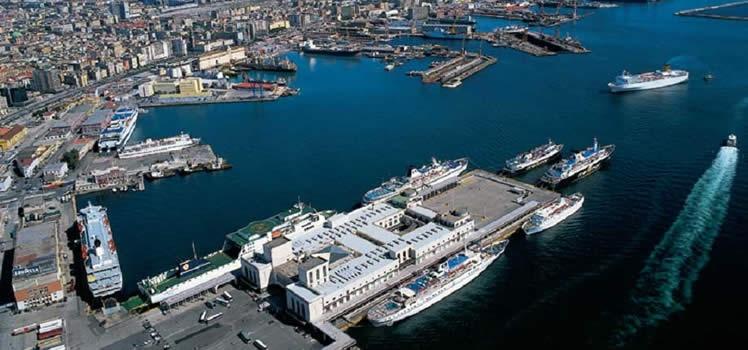 Napoli – Porto, servizio navetta gratuito dell'EAV