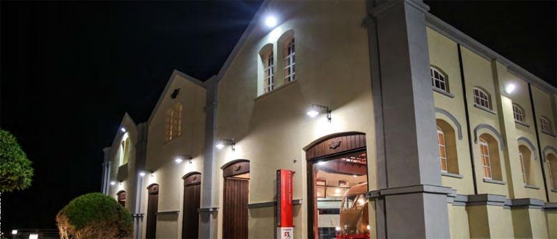 Notturno a Pietrarsa, spettacolo itinerante fra i treni del museo