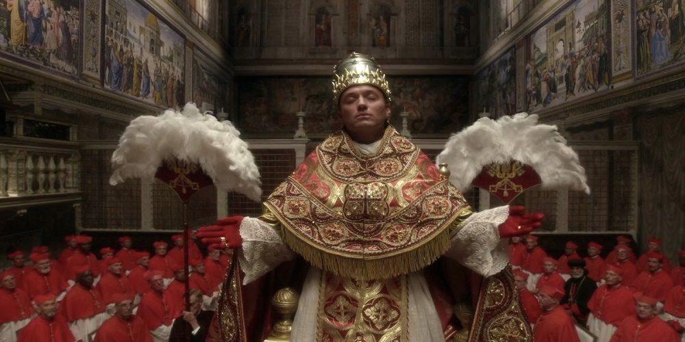 The Young Pope, una mostra con le foto dal set