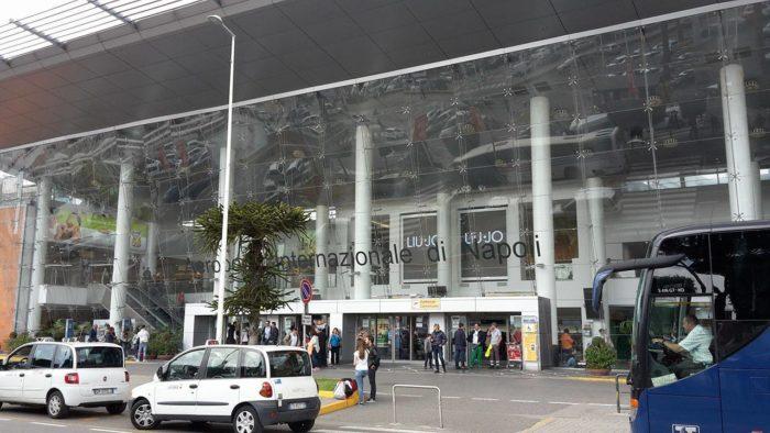 Aeroporto di Napoli: un biglietto del cinema per chi arriva in città