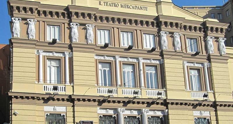 """""""Eccoci"""": la nuova stagione del Teatro Stabile di Napoli"""