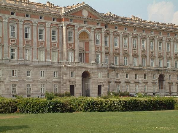 Una scuola di restauro alla Reggia di Caserta