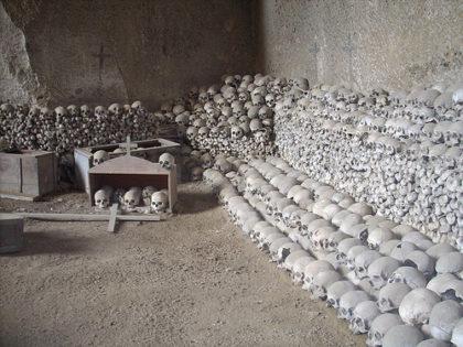 Chiusura temporanea del Cimitero delle Fontanelle