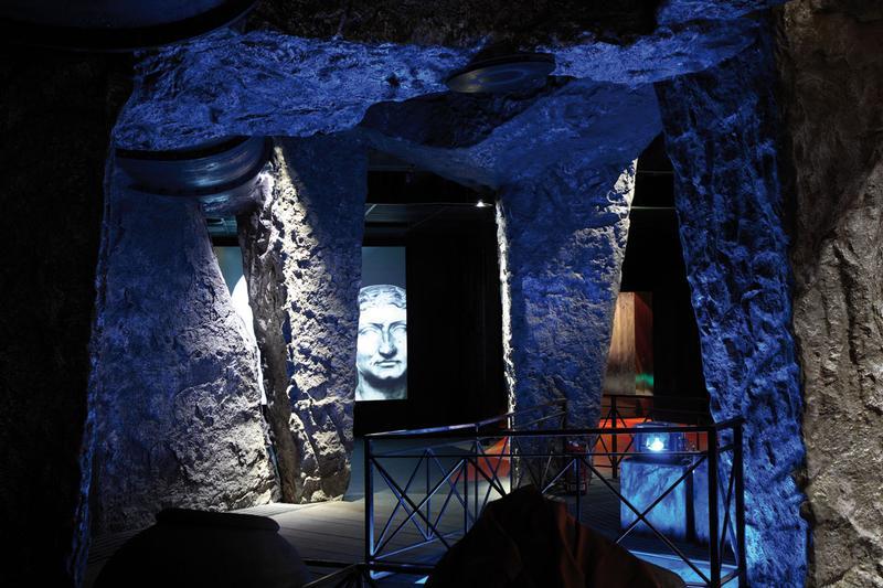 Notte bianca ad Ercolano con visita serale agli scavi con 2 €
