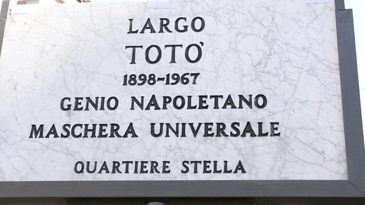 """""""Genio napoletano, maschera universale"""": inaugurato Largo Totò alla Sanità"""