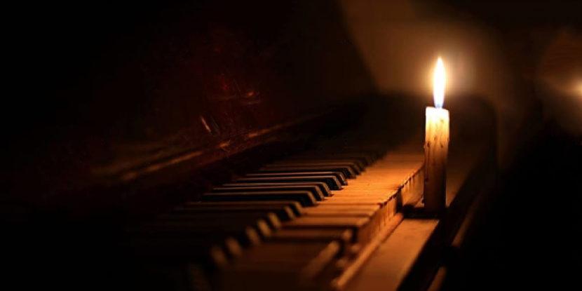 Galleria Borbonica, concerto al buio di Piano e Violino nel tunnel sotterraneo venerdì 13 dicembre